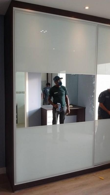 Fabricante de Portas de Alumínio para Móveis Ribeirão Pires - Portas em Alumínio com Vidro para Móveis