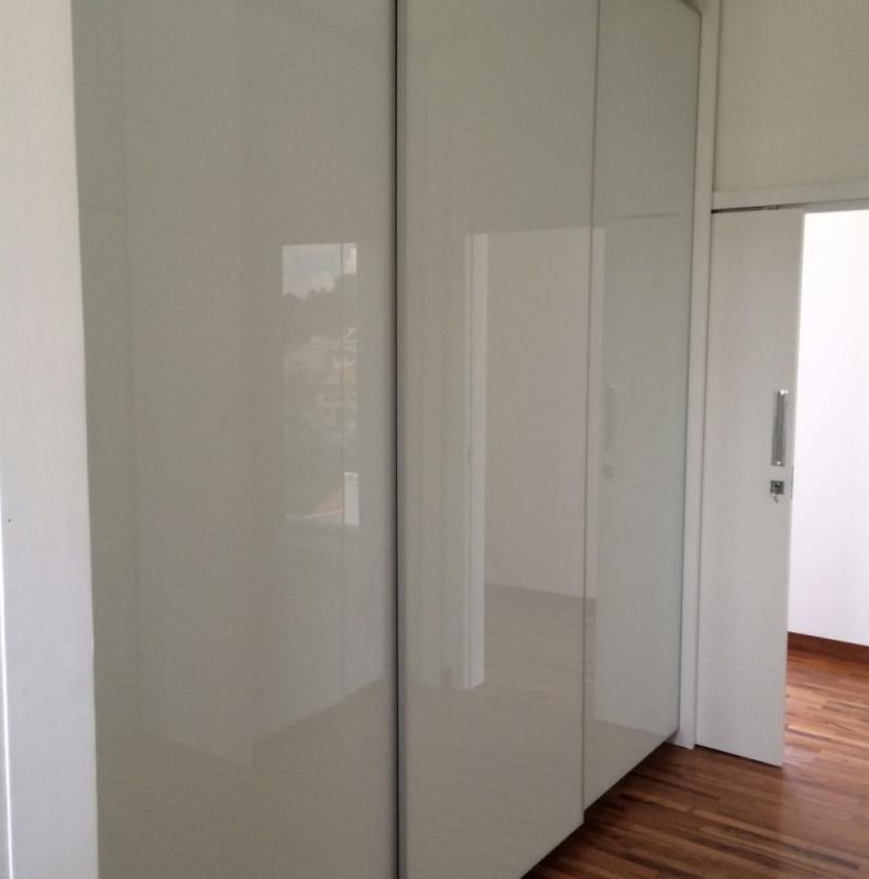 Portas em Alumínio e Vidro para Móveis Preço Embu das Artes - Portas de Alumínio de Correr para Móveis