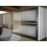 portas em perfil fosco de alumínio com vidro Caieiras